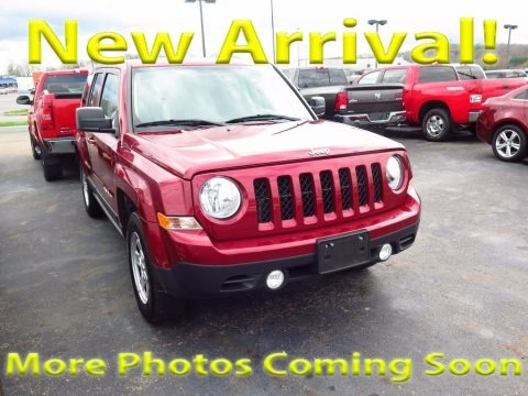 Deep Cherry Red Crystal Pearl 2017 Jeep Patriot Sport 4x4