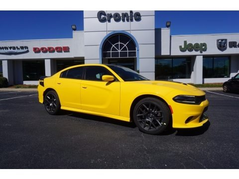 Yellow Jacket 2017 Dodge Charger R/T