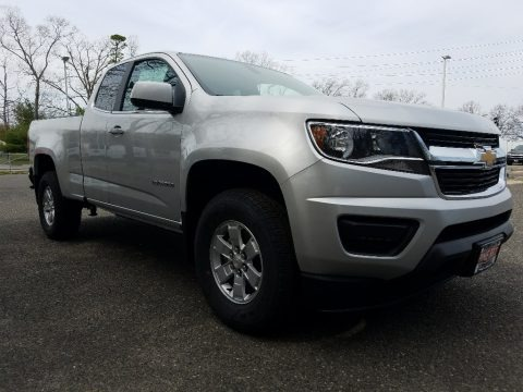 Silver Ice Metallic 2017 Chevrolet Colorado WT Extended Cab