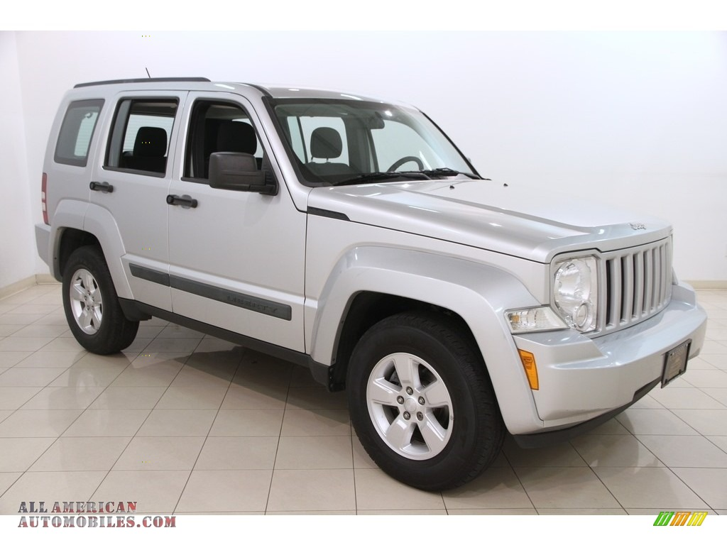 Bright Silver Metallic / Dark Slate Gray Jeep Liberty Sport 4x4