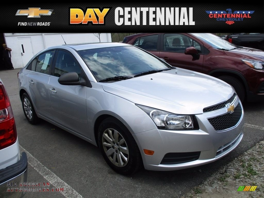 2011 Cruze LS - Silver Ice Metallic / Jet Black/Medium Titanium photo #1