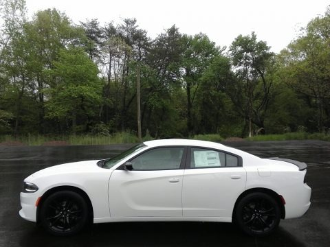 White Knuckle 2017 Dodge Charger SE
