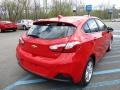 Chevrolet Cruze LT Red Hot photo #6