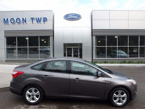 Sterling Gray 2014 Ford Focus SE Sedan