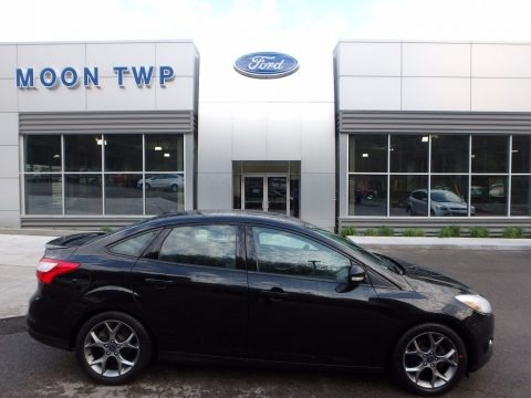 Tuxedo Black 2014 Ford Focus SE Sedan