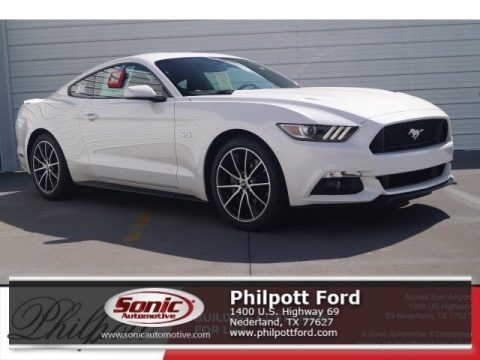 White Platinum 2017 Ford Mustang GT Coupe