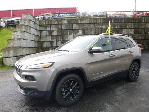 Light Brownstone Pearl 2016 Jeep Cherokee Latitude 4x4