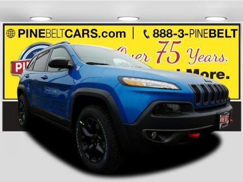 Hydro Blue Pearl 2017 Jeep Cherokee Trailhawk 4x4