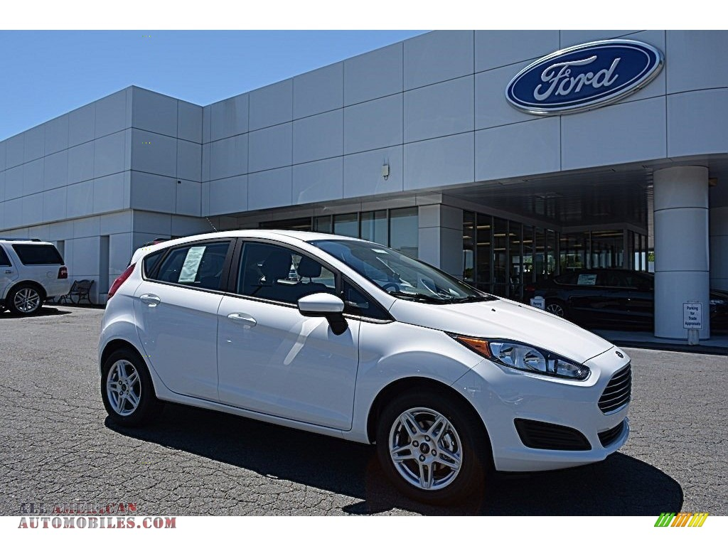 2017 ford fiesta se hatchback in oxford white 125167 all american automobiles buy american. Black Bedroom Furniture Sets. Home Design Ideas