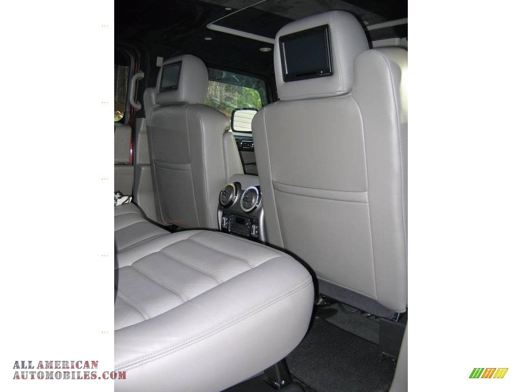 2004 H2 SUV - Red Metallic / Wheat photo #10