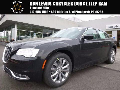 Gloss Black 2017 Chrysler 300 Limited AWD