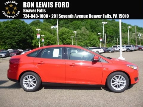 Race Red 2017 Ford Focus SE Sedan