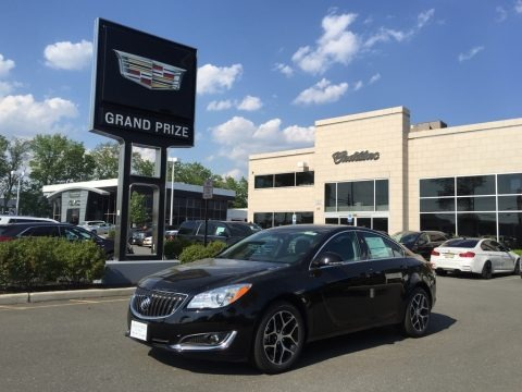 Black Onyx 2017 Buick Regal Sport Touring