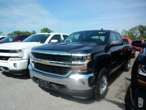 Graphite Metallic 2017 Chevrolet Silverado 1500 LT Double Cab 4x4