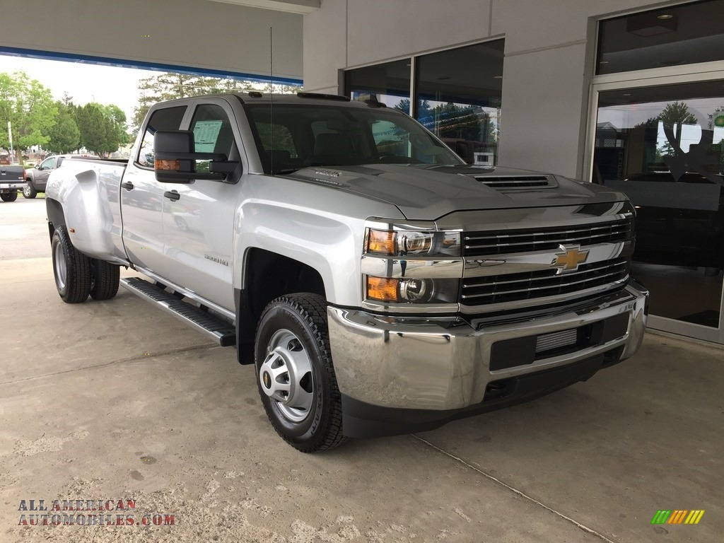 2017 chevrolet silverado 3500hd work truck crew cab dual rear wheel 4x4 in silver ice metallic. Black Bedroom Furniture Sets. Home Design Ideas