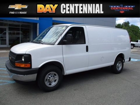 Summit White 2017 Chevrolet Express 3500 Cargo WT