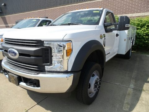 Oxford White 2017 Ford F550 Super Duty XL Regular Cab Chassis