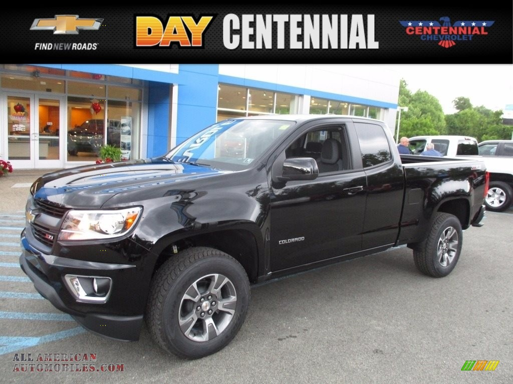 2017 Colorado Z71 Extended Cab 4x4 - Black / Jet Black photo #1