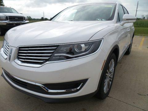 White Platinum 2017 Lincoln MKX Reserve AWD