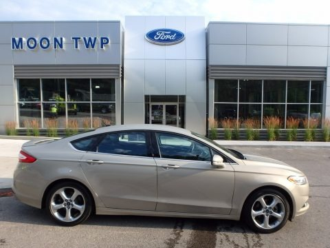 Tectonic Silver Metallic 2015 Ford Fusion SE