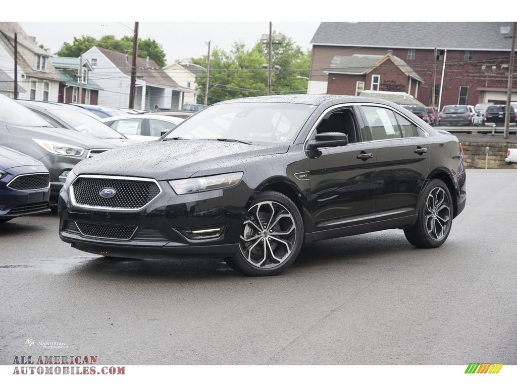 Ford Taurus Sho Black