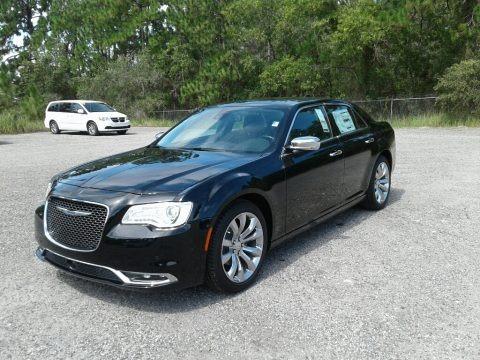 Gloss Black 2017 Chrysler 300 C