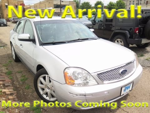 Silver Frost Metallic 2005 Ford Five Hundred Limited