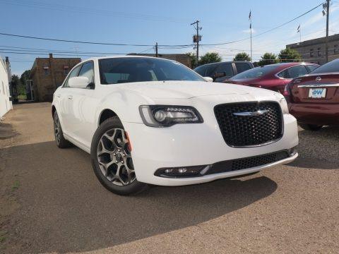 Bright White 2017 Chrysler 300 S AWD