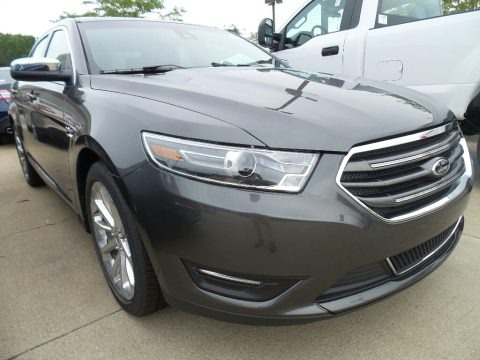 Magnetic 2017 Ford Taurus Limited