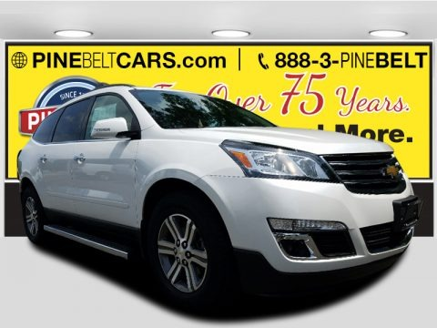 Iridescent Pearl Tricoat 2017 Chevrolet Traverse LT AWD