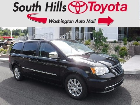 Brilliant Black Crystal Pearl 2012 Chrysler Town & Country Touring - L