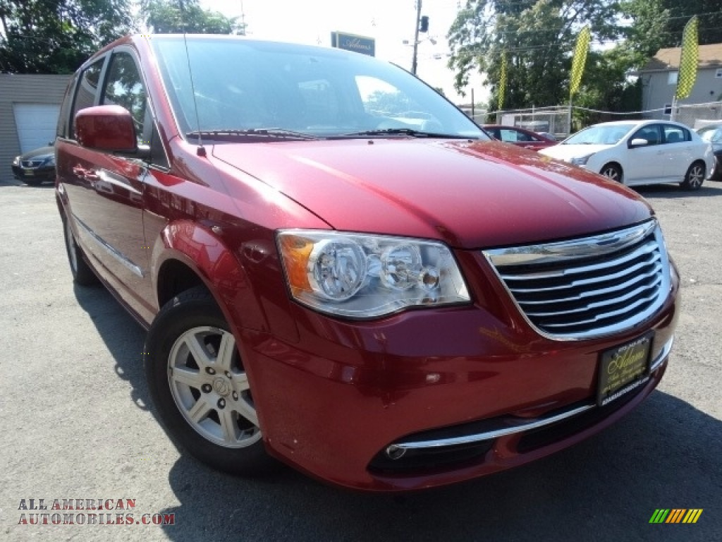 2013 Town & Country Touring - Deep Cherry Red Crystal Pearl / Black/Light Graystone photo #1