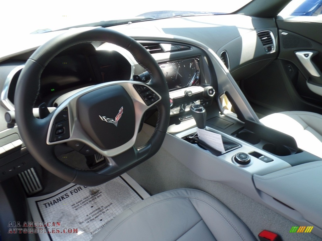 2018 Corvette Stingray Convertible - Admiral Blue Metallic / Gray photo #26