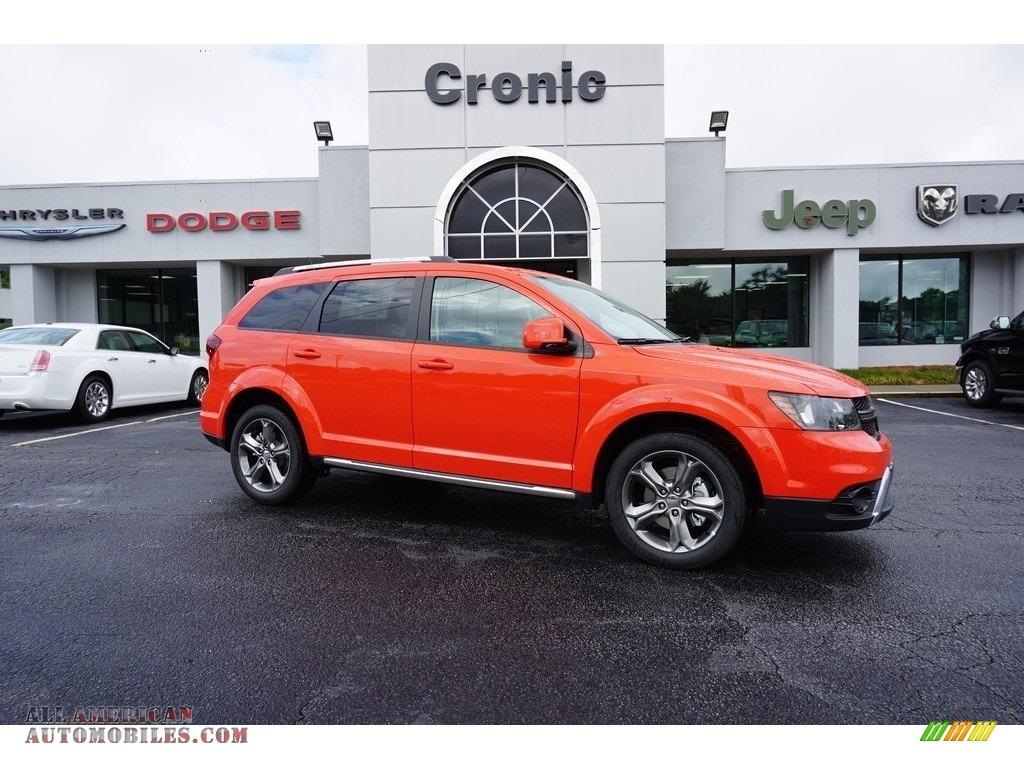 2017 Dodge Journey Crossroad In Blood Orange 684642