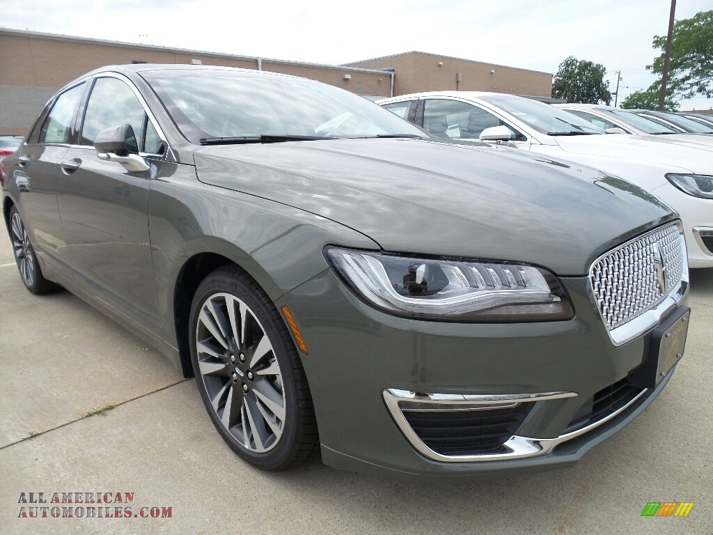 2017 MKZ Reserve - Jade Green / Cappuccino photo #1
