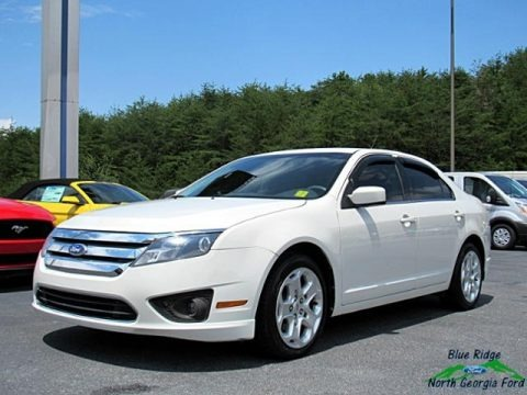 White Suede 2011 Ford Fusion SE