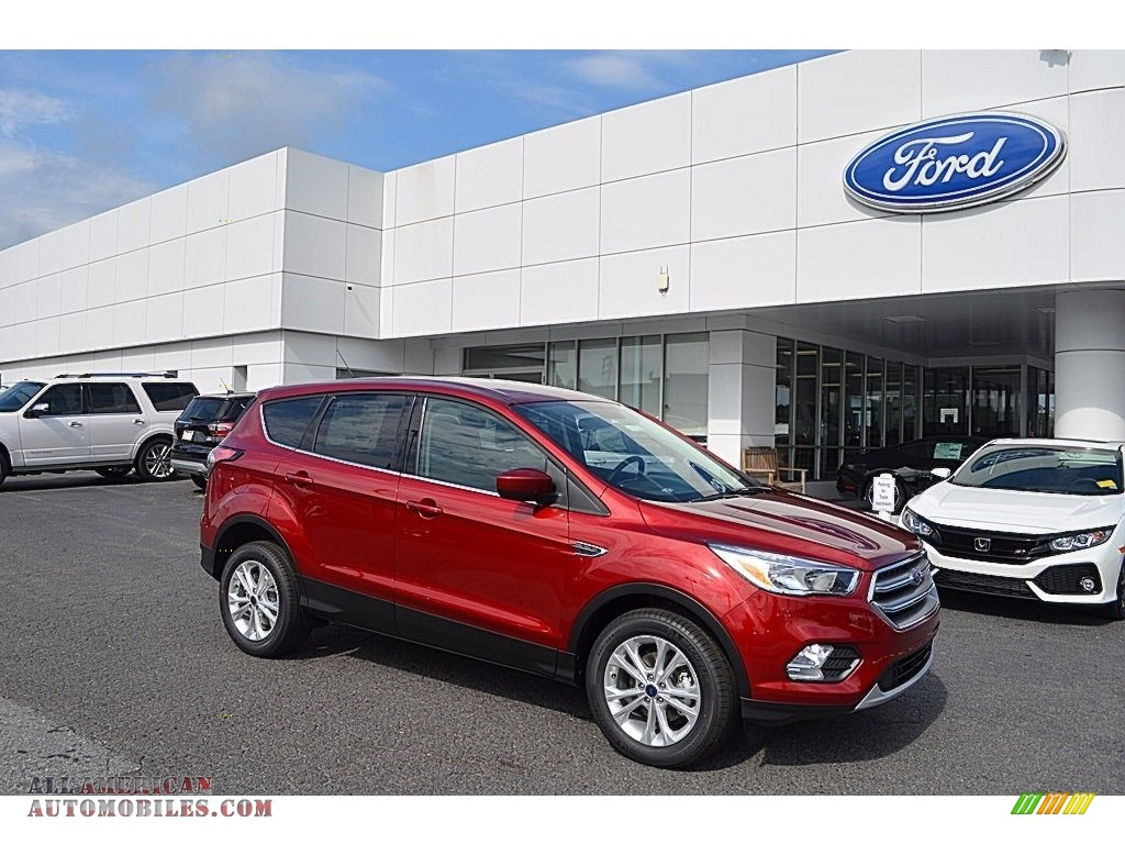 Ruby Red / Medium Light Stone Ford Escape SE