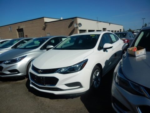 Summit White 2017 Chevrolet Cruze LT
