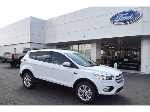 Oxford White 2017 Ford Escape SE