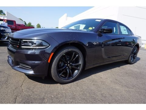 Maximum Steel Metallic 2018 Dodge Charger SXT