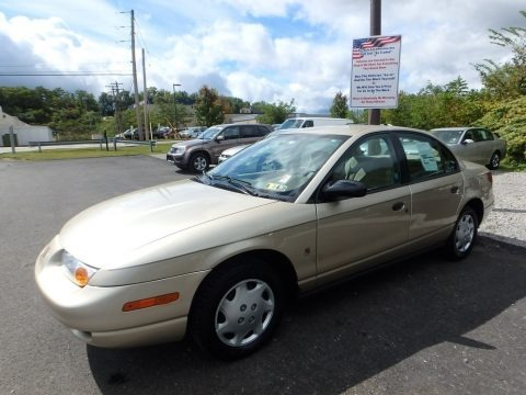 Gold 2001 Saturn S Series SL1 Sedan