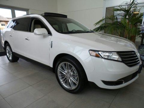 White Platinum 2018 Lincoln MKT AWD
