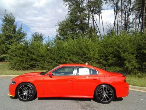 Go Mango 2018 Dodge Charger R/T Scat Pack