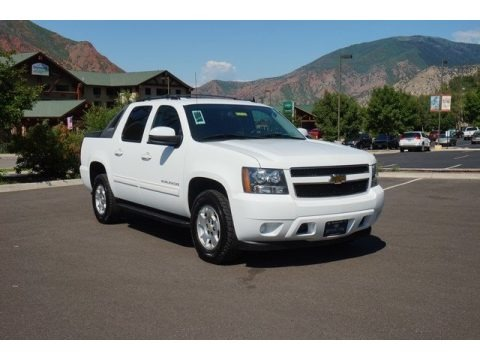 Summit White 2011 Chevrolet Avalanche LS 4x4