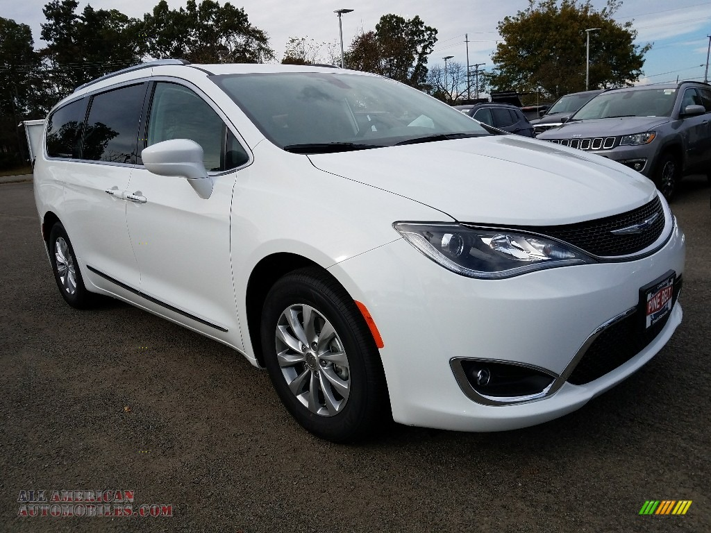 2018 Pacifica Touring L - Bright White / Black/Alloy photo #1