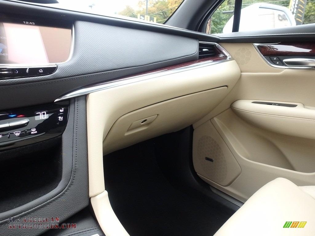 2017 XT5 Premium Luxury AWD - Crystal White Tricoat / Sahara Beige photo #21