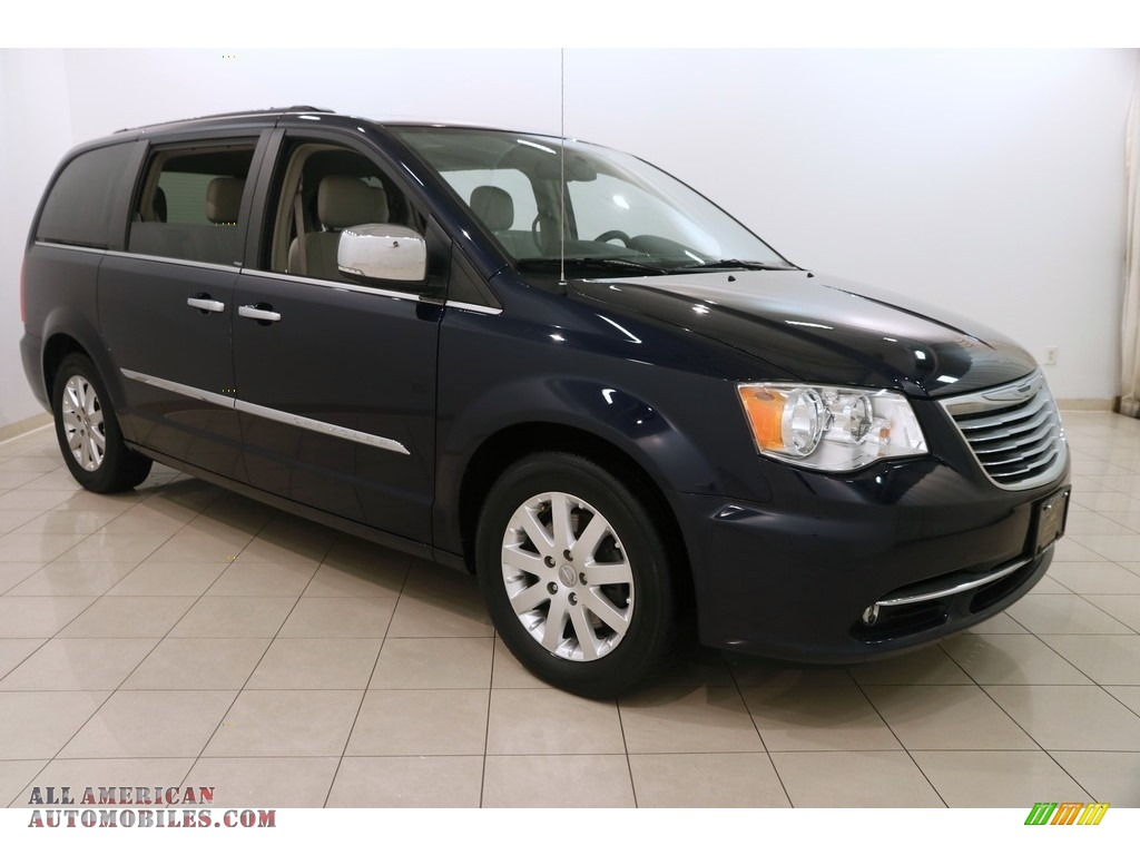 2012 Town & Country Touring - L - True Blue Pearl / Black/Light Graystone photo #1