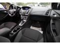 Ford Focus SE Sedan Tuxedo Black photo #13