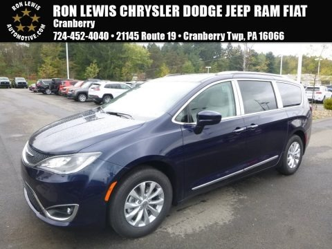 Jazz Blue Pearl 2018 Chrysler Pacifica Touring L
