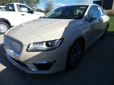Ivory Pearl 2018 Lincoln MKZ Select